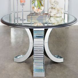 Darcelle Table