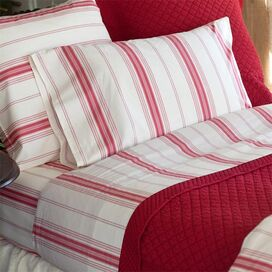Minotte Stripe Pillowcase in Raspberry