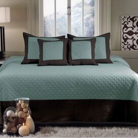 Brentwood Blue Surf Bedspread Set