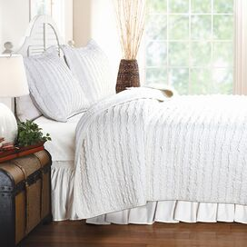 Ruffled White Quilt Set