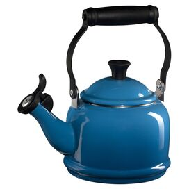Le Creuset Demi Kettle in Marseille