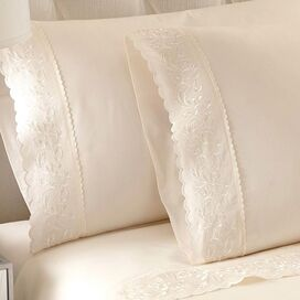 Jasmine Sheet Set in Ivory