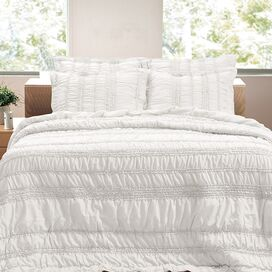 Tiana Ruched White Quilt Set