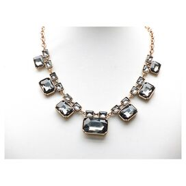 Elizabeth Necklace in Gray