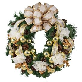 Gloria Wreath in Cream