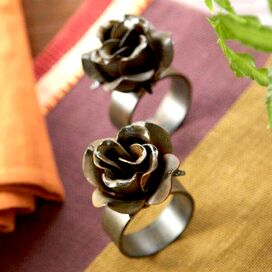 Vin Rose Napkin Ring