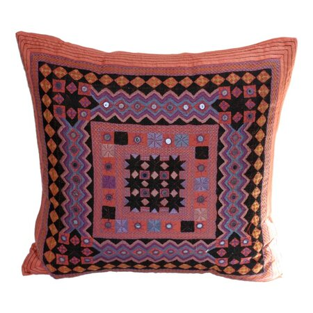 Viveka Pillow