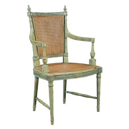 Le Grande Arm Chair